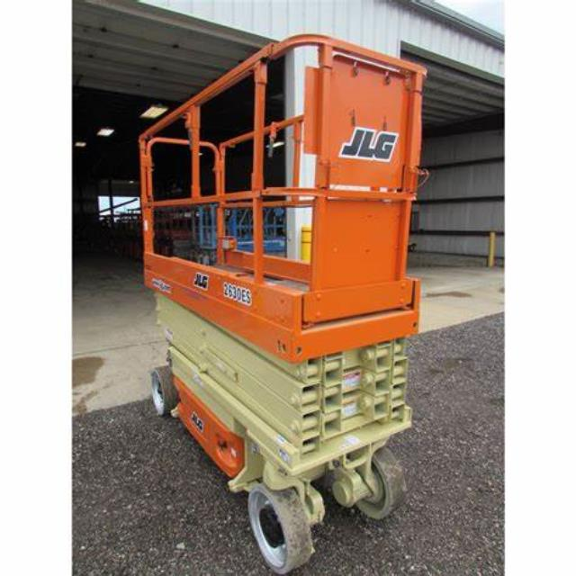 Where to find Scissor lift, 26 FT in Port Huron